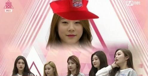 "Watch: ""Produce 101″ Trainee Yoo Yeonjung Steals the Spotlight With Her Beautiful Singing"