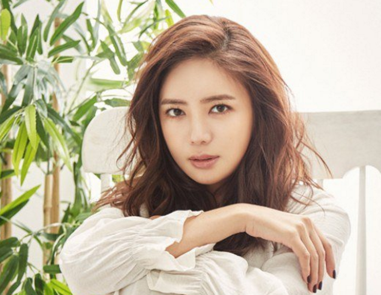 Lee Tae Im Opens Up About Her Current Relationship With Yewon
