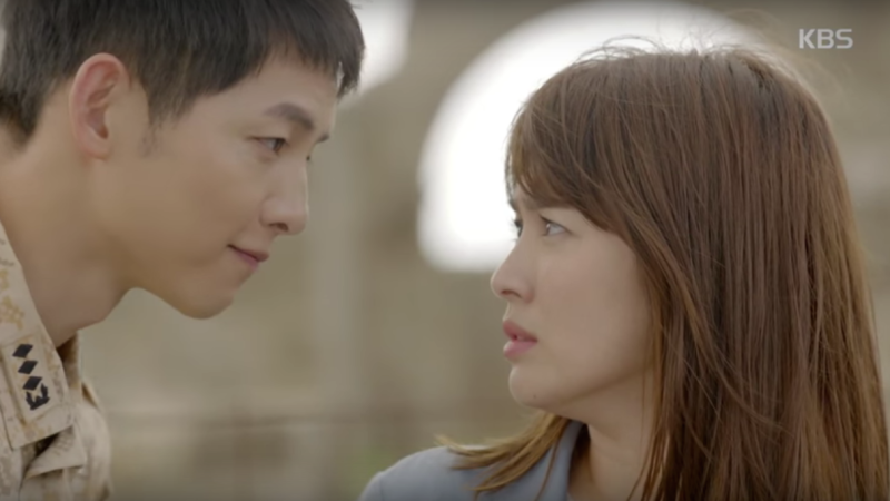 """""""Descendants of the Sun"""" Viewer Rating Over 20 Percent, First for KBS in Three Years for a Miniseries"""