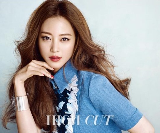 han ye seul high cut1