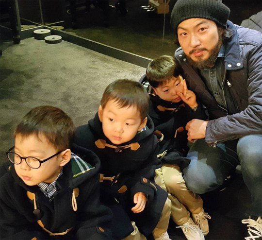 The Song Triplets Are All Dressed Up at Their Aunts Wedding