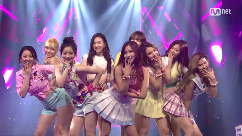 TWICE Shows off Their Cute and Sexy Charms at Special M!Countdown Stage