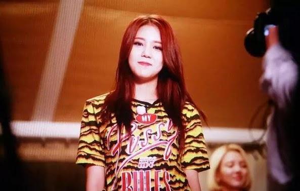 Hyejeong's shirt