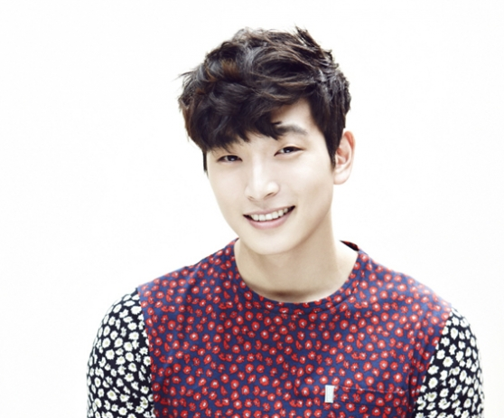 Jeong Jinwoon Talks About His No. 1 Girl Organization Bias