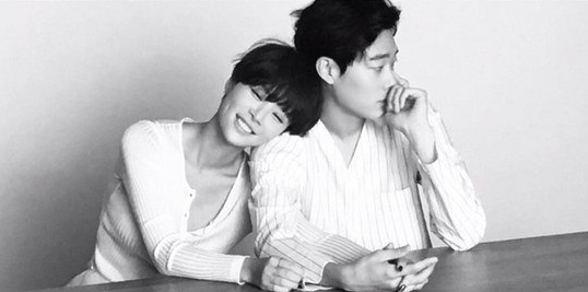 Love Is in the Air for Hwang Jung Eum and Ryu Jun Yeol in New Lucky Romance Stills