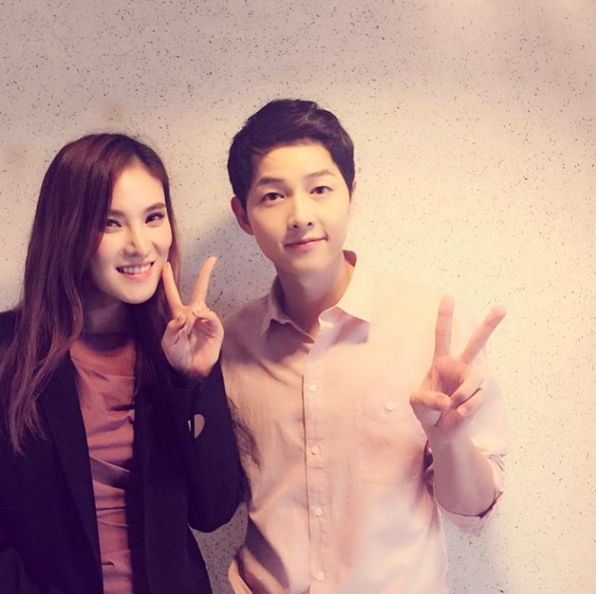 Gummy Compliments Song Joong Ki's Great Manners, Talks About His Gift To Her