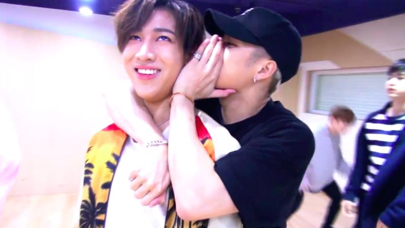 "Watch: GOT7 Is prepared for Their Close Up in ""Boyfriend Version"" of ""Home Run"" Dance Practice Video"