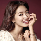 "Park Shin Hye to Make Cameo Appearance in ""Entertainer"""