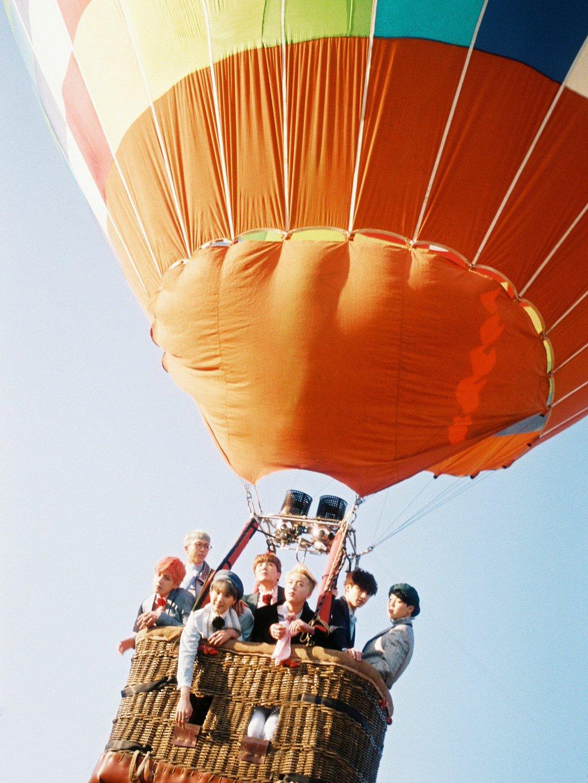 bts balloon