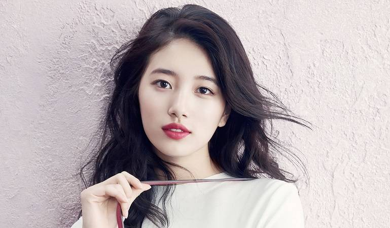 miss A's Suzy Donates 10 Million Won To Middle School Students In Need