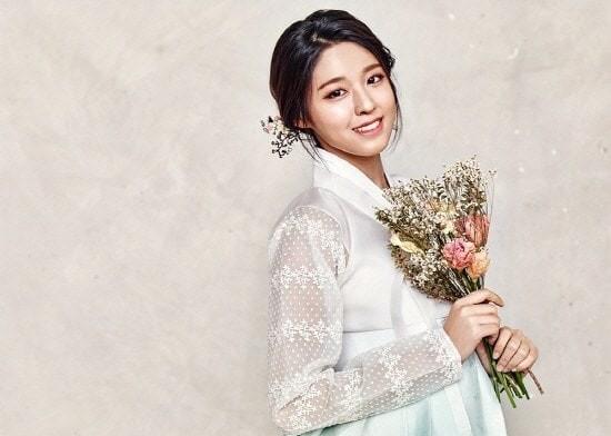 Korean Tourism Board Addresses Seolhyun's Position As Tourism Ambassador Following Controversy
