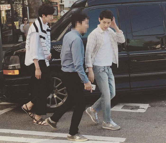 Lee Kwang Soo And Song Joong Ki Spotted Filming For Upcoming Sitcom The Sound Of Your Heart