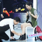 """Song Joong Ki Makes Fans' Wishes Come True In New """"Happy Camp"""" Stills"""
