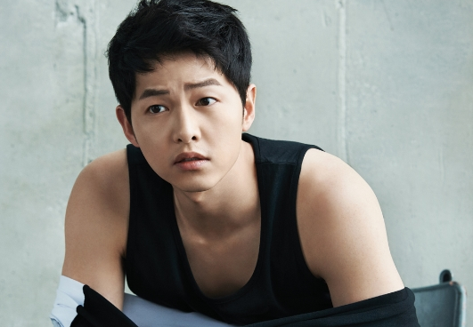 Song Joong Ki's Passport Photo Gets Leaked