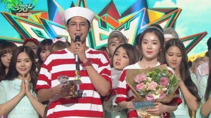 Park Bo Gum Apologizes For TWICE-AOA Mix-Up On Music Bank