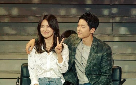 Song Hye Kyo Makes Surprise Appearance At Song Joong Kis Fan Meeting In China