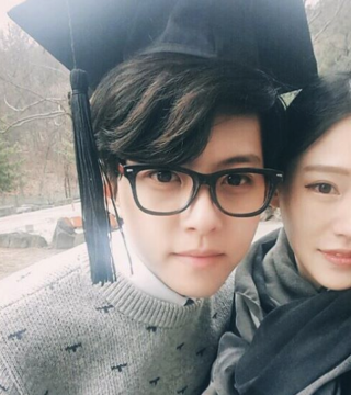 Dongho and wife
