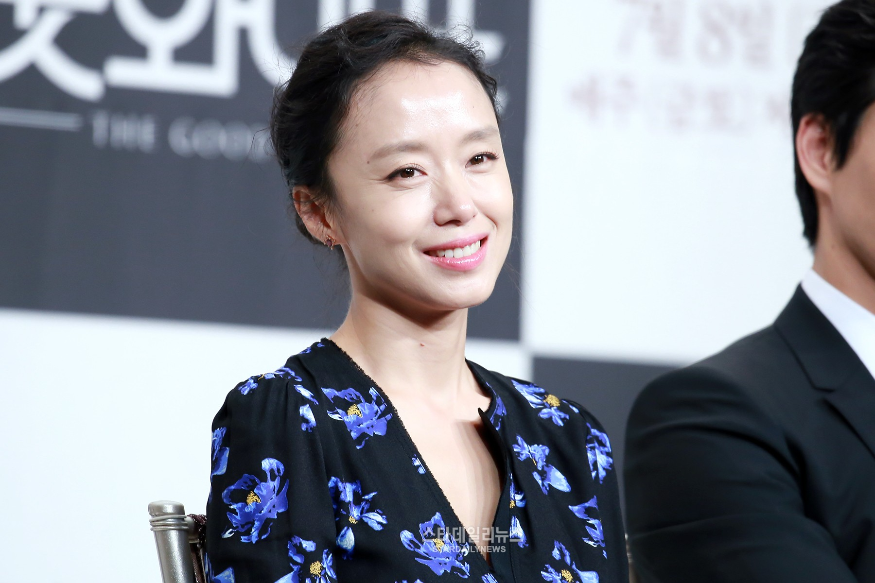 Jeon Do Yeon Was Surprised That Nana Was Cast In Nice Wife At First