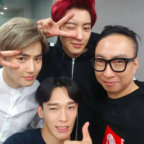 Park Myung Soo Shares Picture Taken With EXOs Suho, Chen, and Chanyeol