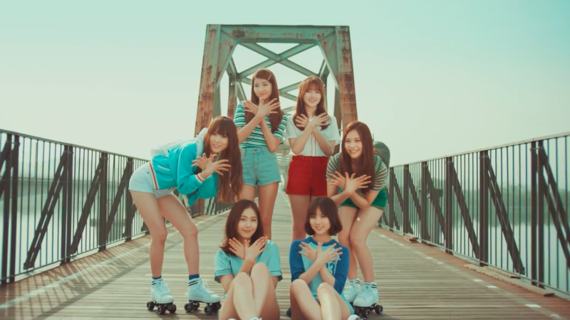 "Watch: GFRIEND Shares Glimpse Of Comeback With Trailer For ""Navillera"" MV"