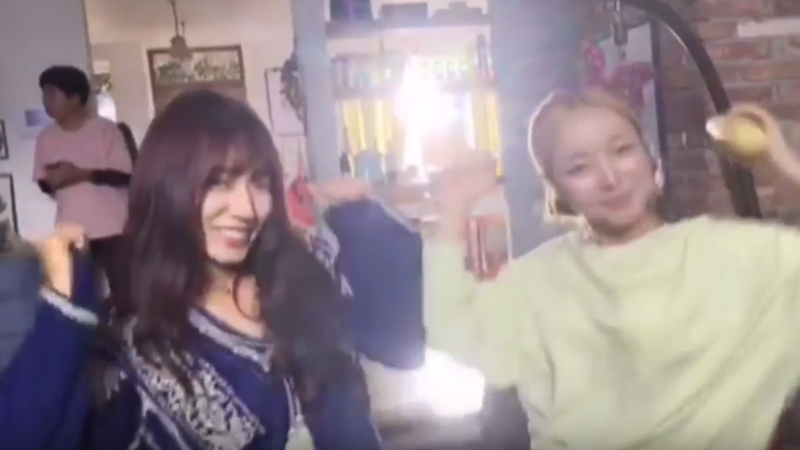 "Watch: Park Shin Hye Dances To TWICE's ""Cheer Up"" On Set Of ""Doctors"""