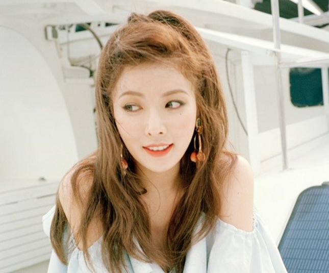 HyunA To Hang First Solo Asia Tour