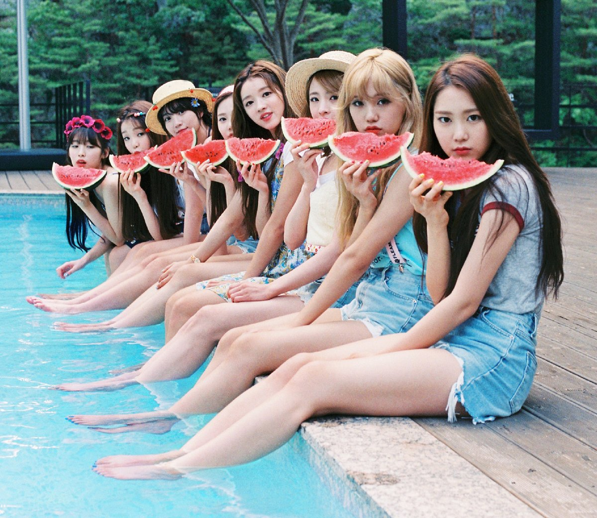 Update: Oh My Girl Shares Summery Group And Individual Teaser Images For Comeback