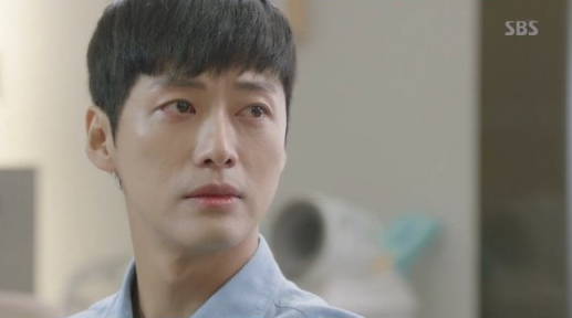 Watch: Namgoong Min Makes Tear-Jerking Cameo On Doctors