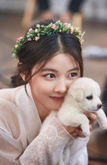 Kim-Yoo-Jung-1