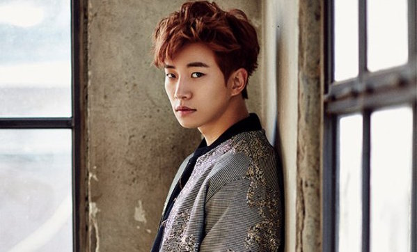 2PMs Junho Implores Sasaeng Fans To Give up Following Him Home
