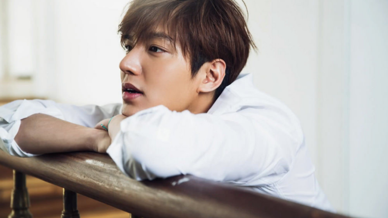 Forward to see a whole new side actually two new sides to lee min ho