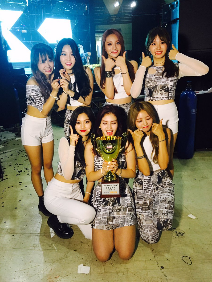 """I.O.I Is Shocked By 2nd Win For """"Whatta Man"""" On """"Show Champion,"""" Performances By VIXX, HyunA, And More"""