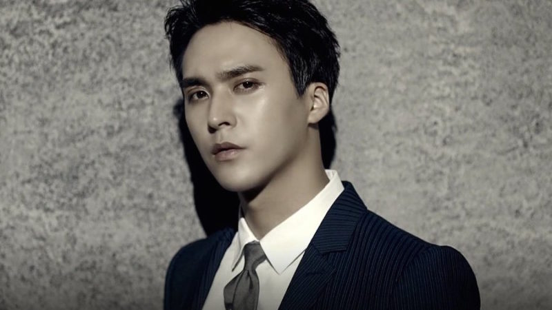 """BEAST's Dongwoon To Appear On """"Radio Star"""" As A Special MC"""