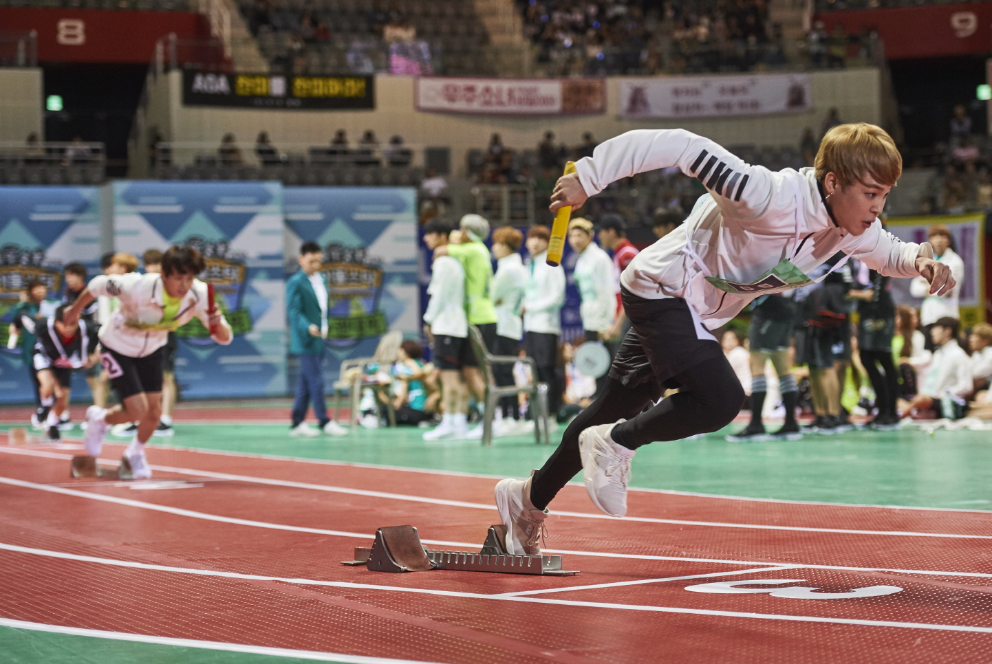 """Watch: BTS Wins Relay For The 3rd Time In A Row At """"2016 Idol Star Athletics Championships"""""""