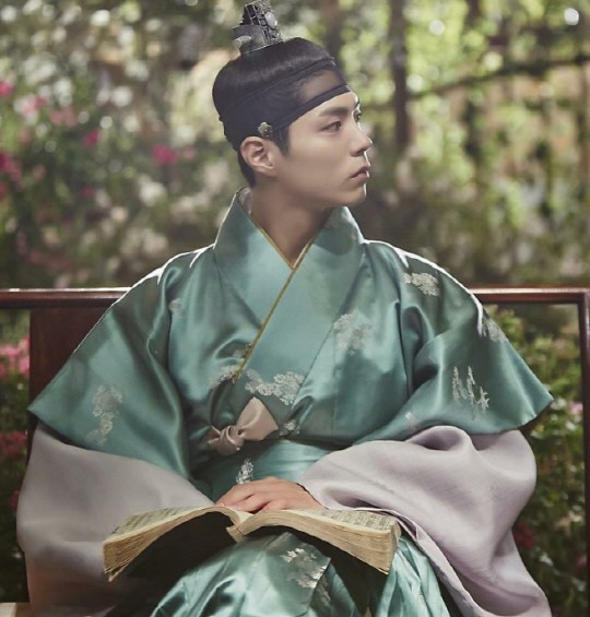 """Hanbok Designer Praises Park Bo Gum, Reveals Beautiful Pictures From """"Moonlight Drawn By Clouds"""""""