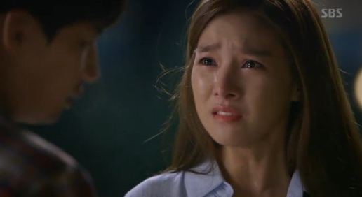 "Watch: Kim So Eun Slaps Song Jae Rim 10 Times In Tearful Scene On ""Our Gap Soon"""