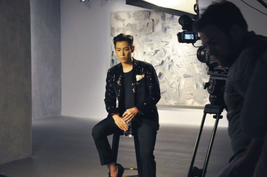 BIGBANG's T.O.P Appears On CNN To Talk About Art