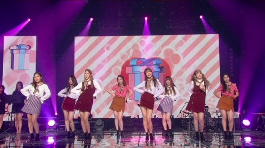 Lovelyz Brings Back Teenage Angst By Sharing Their School Love Stories