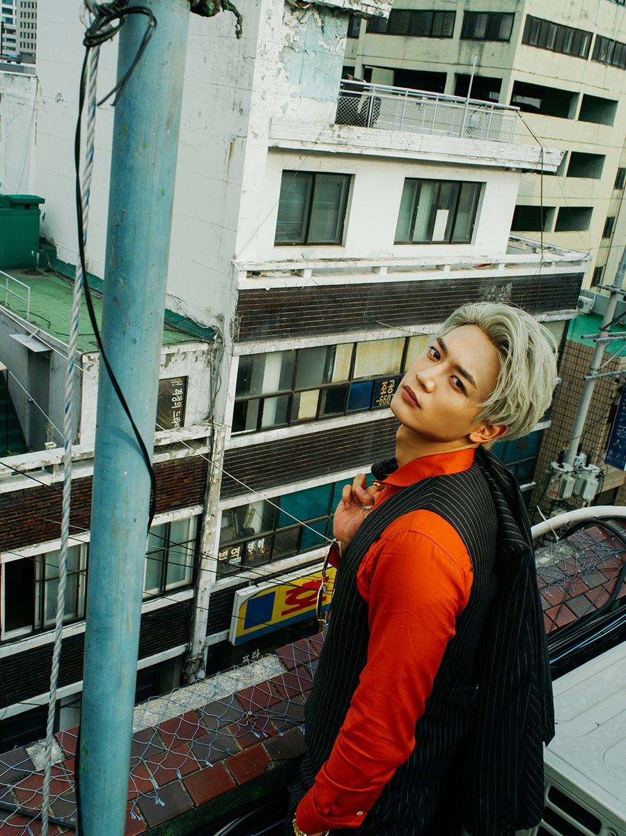 SHINee Previews Title Track And Releases More Fabulously Dressed Teasers