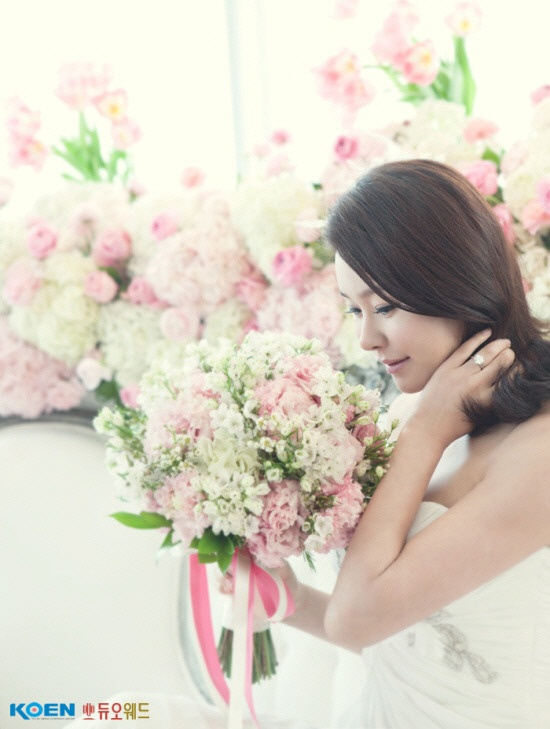 hyun-young-found-to-be-pregnant_image