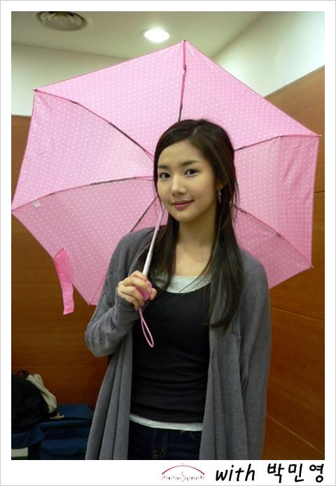 stars-love-rainstory-umbrellas_image