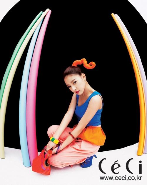 kim-so-eun-goes-neon-for-ceci_image
