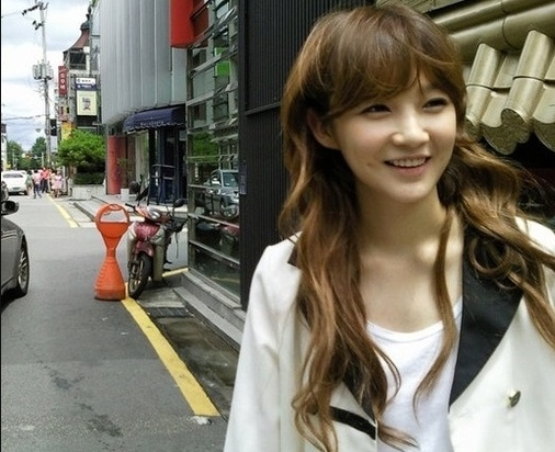 davichis-kang-min-kyung-confesses-that-she-has-always-been-pretty_image