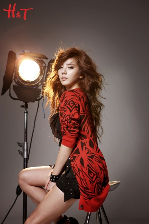 son-dam-bi-is-the-sexy-queen-of-ht_image