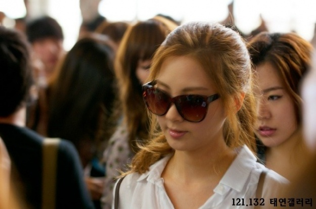 sung-shi-kyung-compliments-seo-hyuns-beauty_image