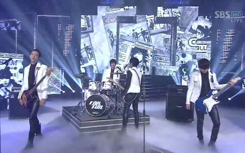 cnblue-performs-hey-you-on-inkigayo-1_image