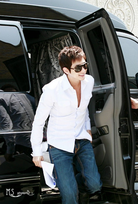 the-princesss-mans-park-shi-hoo-is-the-most-sought-after-hallyu-star-in-japan_image