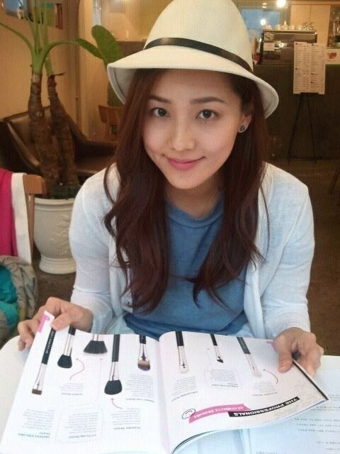 eugene-glows-even-without-makeup_image