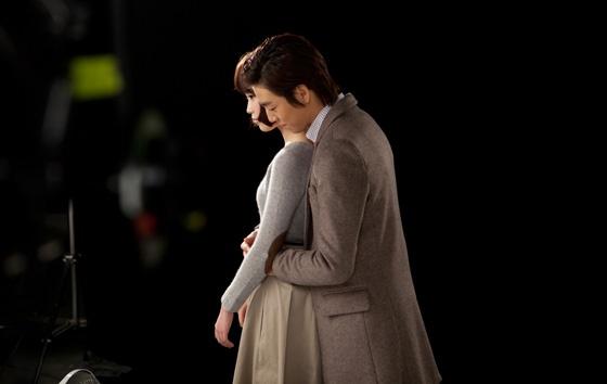 iu-reveals-reason-for-deleted-hug-scene-in-mv_image