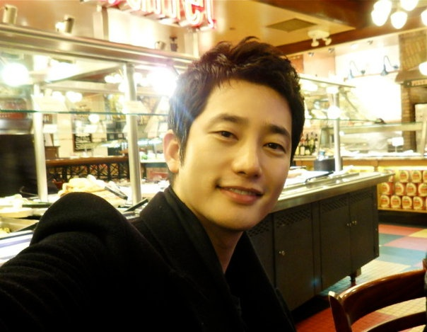 "Park Shi Hoo to Watch ""The Princess' Man"" Finale with Fans"